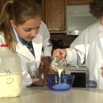 kids make yogurt